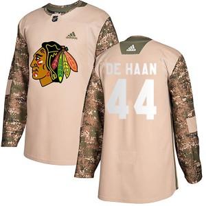 Youth Chicago Blackhawks Calvin de Haan Adidas Authentic Veterans Day Practice Jersey - Camo