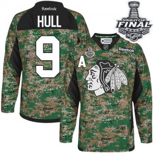 Men's Chicago Blackhawks Bobby Hull Reebok Authentic Veterans Day Practice 2015 Stanley Cup Patch Jersey - Camo