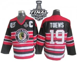 Men's Chicago Blackhawks Jonathan Toews CCM Premier 75TH Patch Throwback 2015 Stanley Cup Patch Jersey - Red/Black