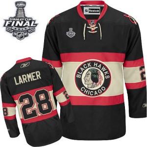 Men's Chicago Blackhawks Steve Larmer Reebok Authentic New Third 2015 Stanley Cup Patch Jersey - Black